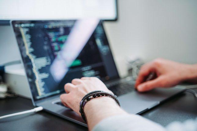 プログラミングスキル習得後の3つの活用法