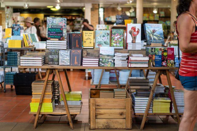 【小さな書店 開店までの9ステップ】