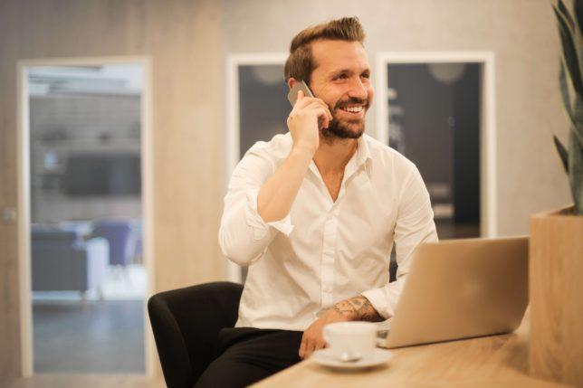 【転職するならどの業界?リスクの高い業界と影響を受けにくい業界】