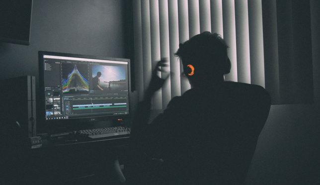 【30日で動画編集スキルを磨く無料の勉強方法|テロップ、カット、エフェクトの入れ方】