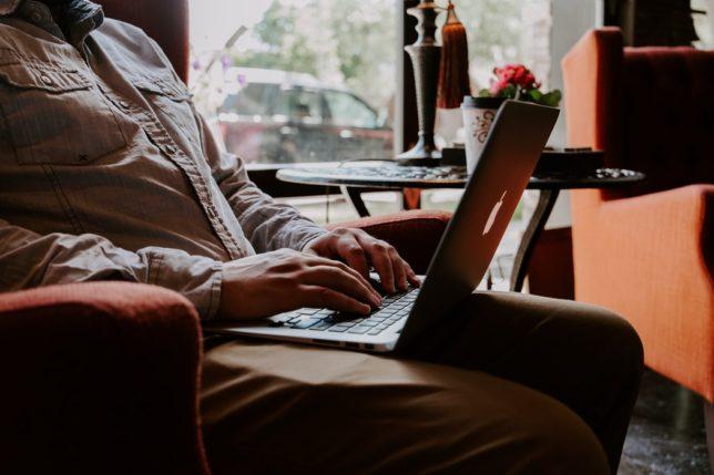【Webライティングの仕事はカンタン?初めて副業をする方に覚えておいてもらいたい注意点】